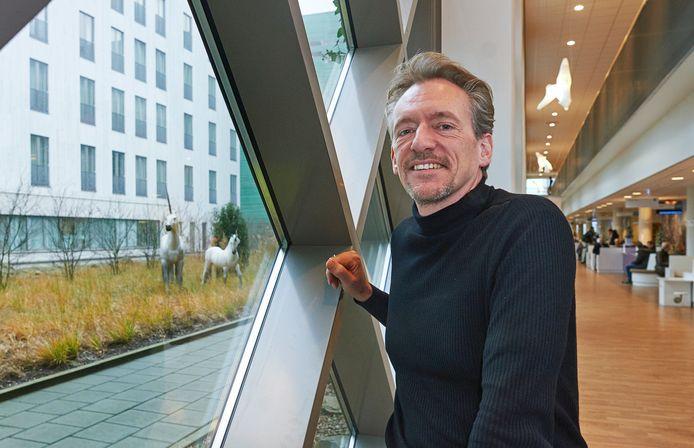 Peter Bennemeer schreef een boek over zijn jaren als directeur van ziekenhuis Bernhoven.