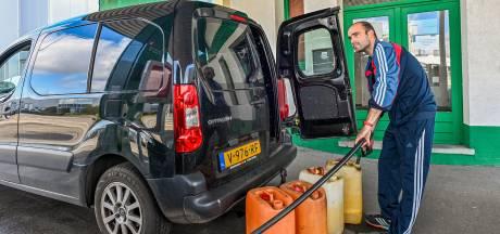 Massaal naar België vanwege lagere benzineprijs: 'Vier keer tanken dan heb je de vijfde gratis'