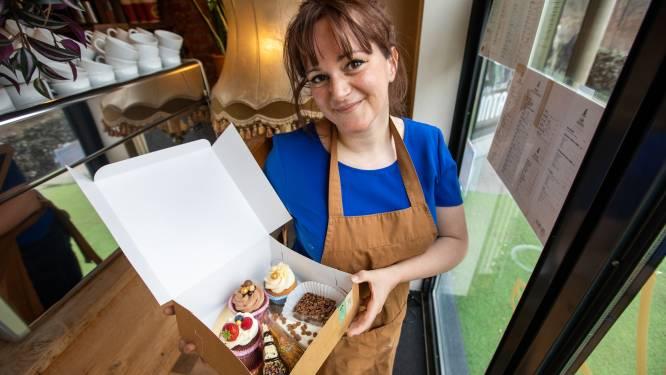 """Coffee Cafe pakt uit met wekelijkse 'boefbox' vol cupcakes en taart: """"Klanten moeten ook thuis van gezellig gevoel kunnen genieten"""""""