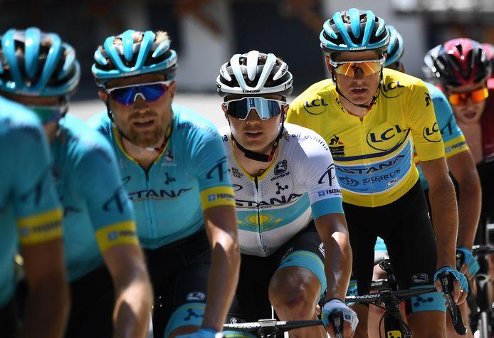 Lutsenko (wit) en Fuglsang (geel) in de Dauphiné vorig seizoen.