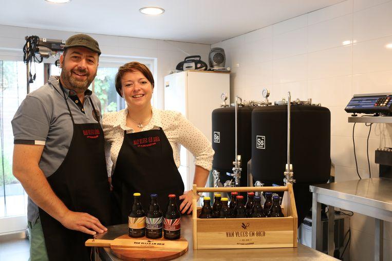 Sven en Jutha zijn trots op hun drie bieren die ze zelf brouwen.
