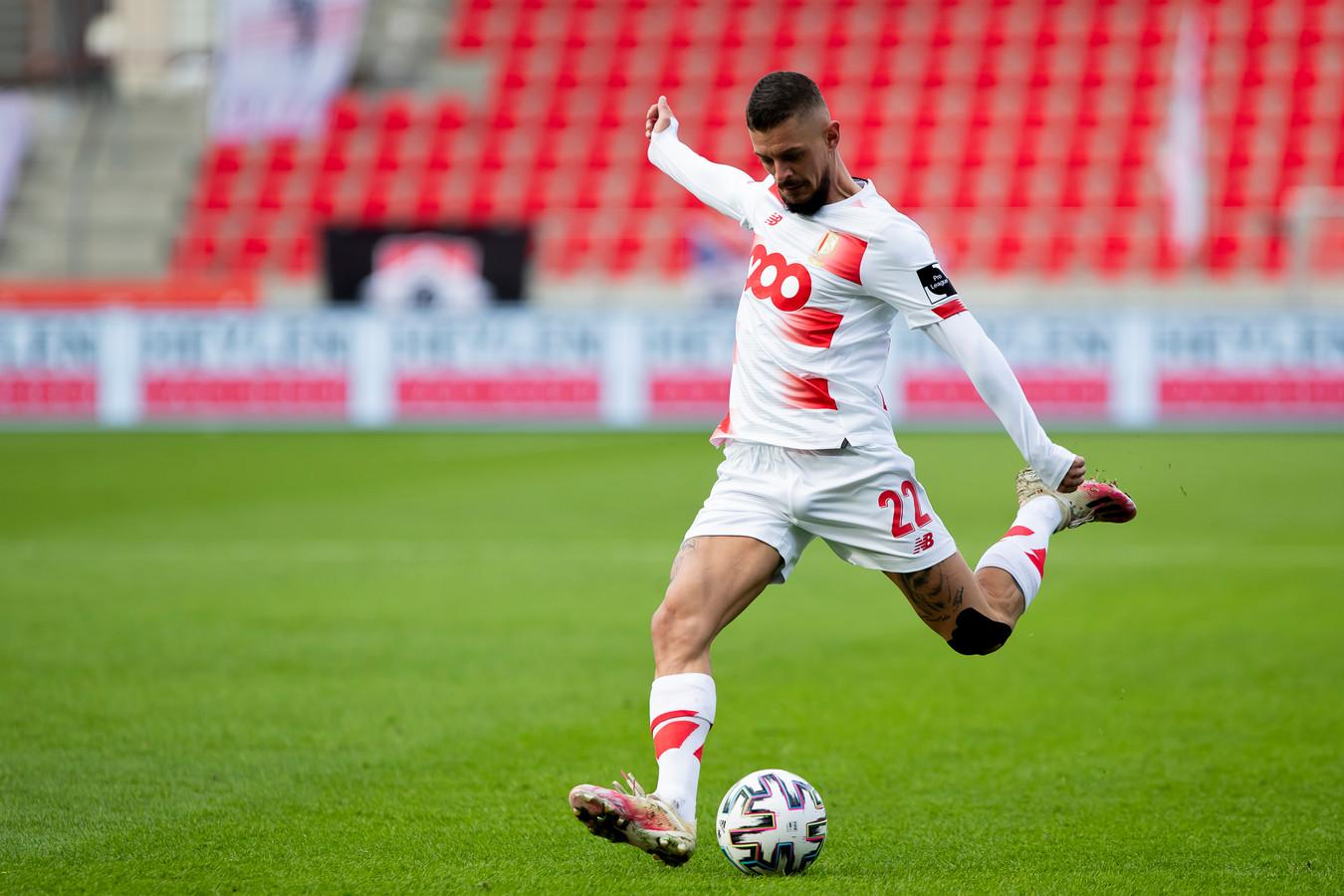 Deuxième but de la saison pour Maxime Lestienne, qui était au bon endroit pour offrir le point du partage au Standard.