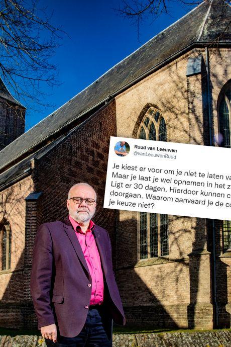 Wethouder Dalfsen onder vuur na vaccinatietweet: 'Afschieten zo'n varken'