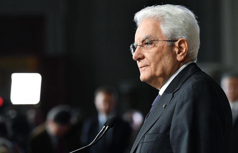 De Italiaanse president Sergio Mattarella (76). Ook deze formatieperiode gebruikt Mattarella zijn eigen kompas om Italië naar de toekomst te navigeren. Beeld EPA