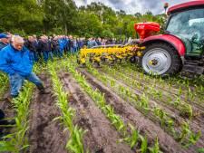 Nieuwe zaaimethode houdt boeren bezig in Holten