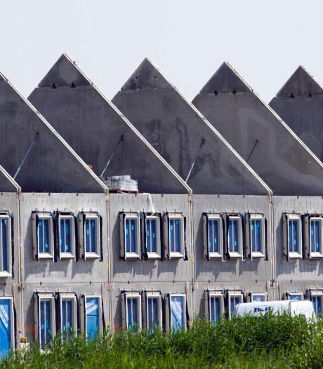 Bouwvergunningen nieuwbouw lopen hard terug, maar er zijn lichtpuntjes