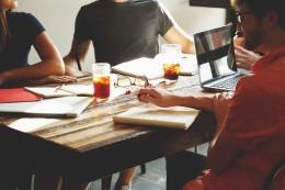 La nouvelle génération d'investisseurs est jeune, bien informée et à la recherche du rendement