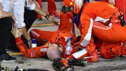 Mecanicien breekt been na aanrijding in pitstop, boete van 50.000 euro voor Ferrari