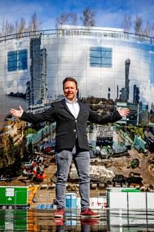 Juri (33) stopte met zijn baan in de marketing en traint nu topmanagers: 'Ik wil Rutte wel een spiegel voor houden'