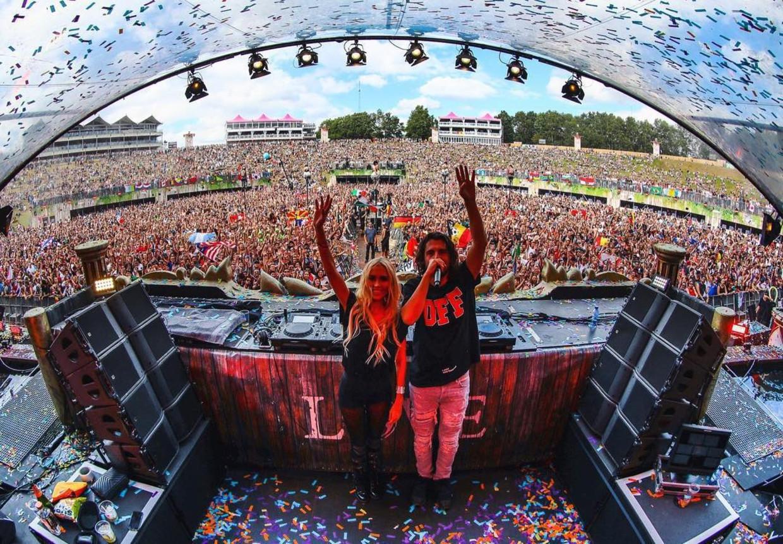 Dimitri Vegas en Anouk Matton op Tomorrowland Beeld  Instagram