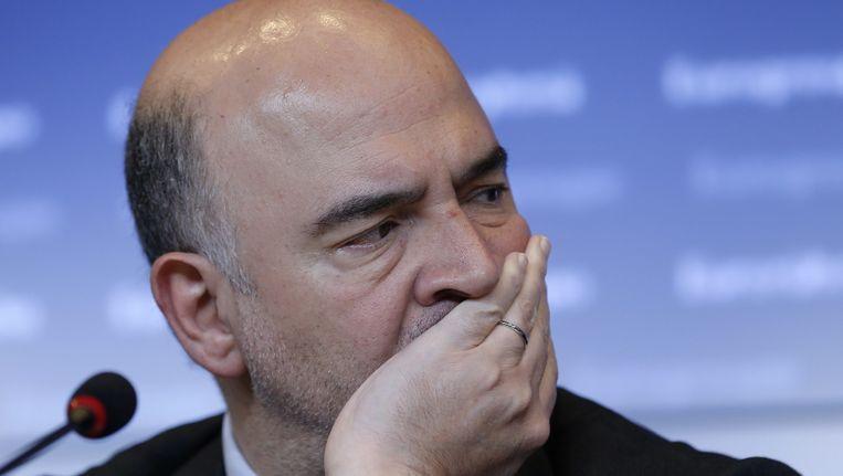 Europees commissaris voor Economische en Monetaire Zaken, Pierre Moscovici, houdt een persconferentie nadat de eurogroep vandaag zonder oplossing voor de Griekse crisis uit elkaar ging.