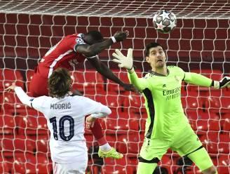 Real Madrid en sterke Courtois kegelen Liverpool uit Champions League