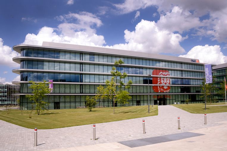 Het hoofdkantoor van ING in Amsterdam. Beeld Hollandse Hoogte