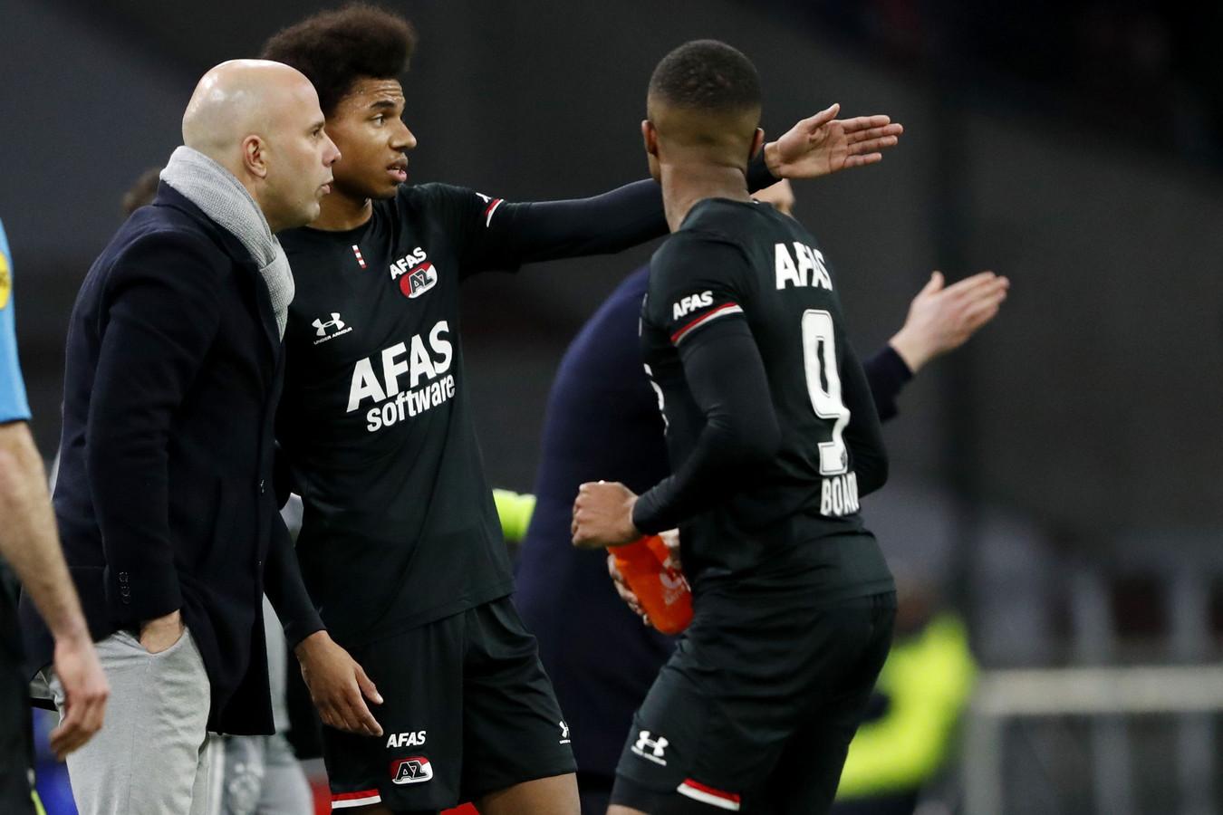 Arne Slot won beide duels tegen Ajax met 1-0 en 0-2.