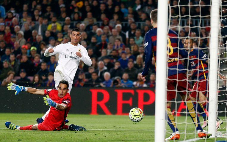 De wederopstanding van Real kwam er in Camp Nou Beeld AP