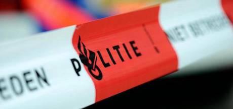 Politie valt woning binnen in Slotervaart om vuurwapens