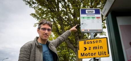 Raadslid wacht 139 (!) dagen op antwoord na vragen over verdwenen bus naar het ziekenhuis: 'En ik kan er werkelijk niets mee...'