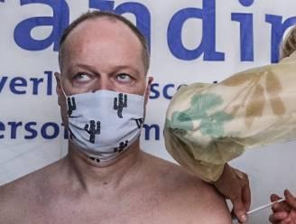 """487 bewoners en medewerkers van De Branding krijgen vaccin: """"We verlangen naar een normaal leven"""""""