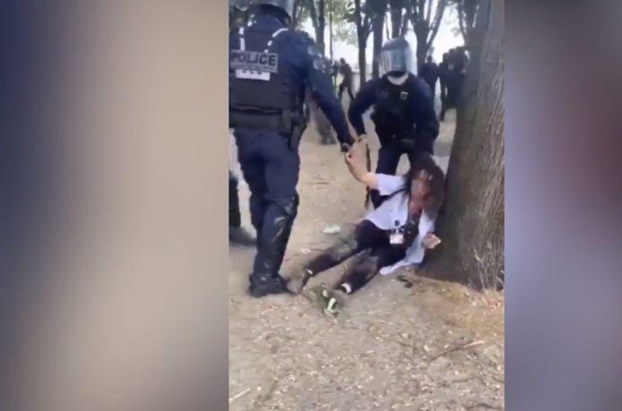 L'arrestation musclée de l'infirmière