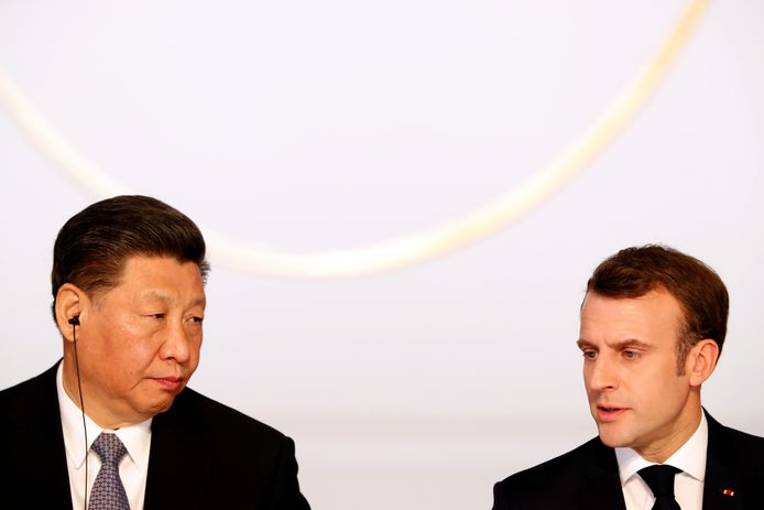 Le président chinois Xi Jinping et Emmanuel Macron (archive d'illustration)