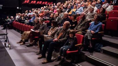 Schilderij Sint-Laurentius lokt kijklustigen naar Theaterzaal CCL