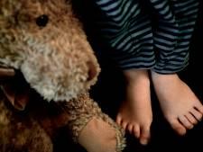 Vader voor de rechter voor misbruiken jonge dochters: 'Ik wil haar verhuren aan de hoogste bieder'