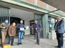 Ons Nollebos dient klacht in: 'Inspreekbijeenkomst  doet democratie geweld aan'