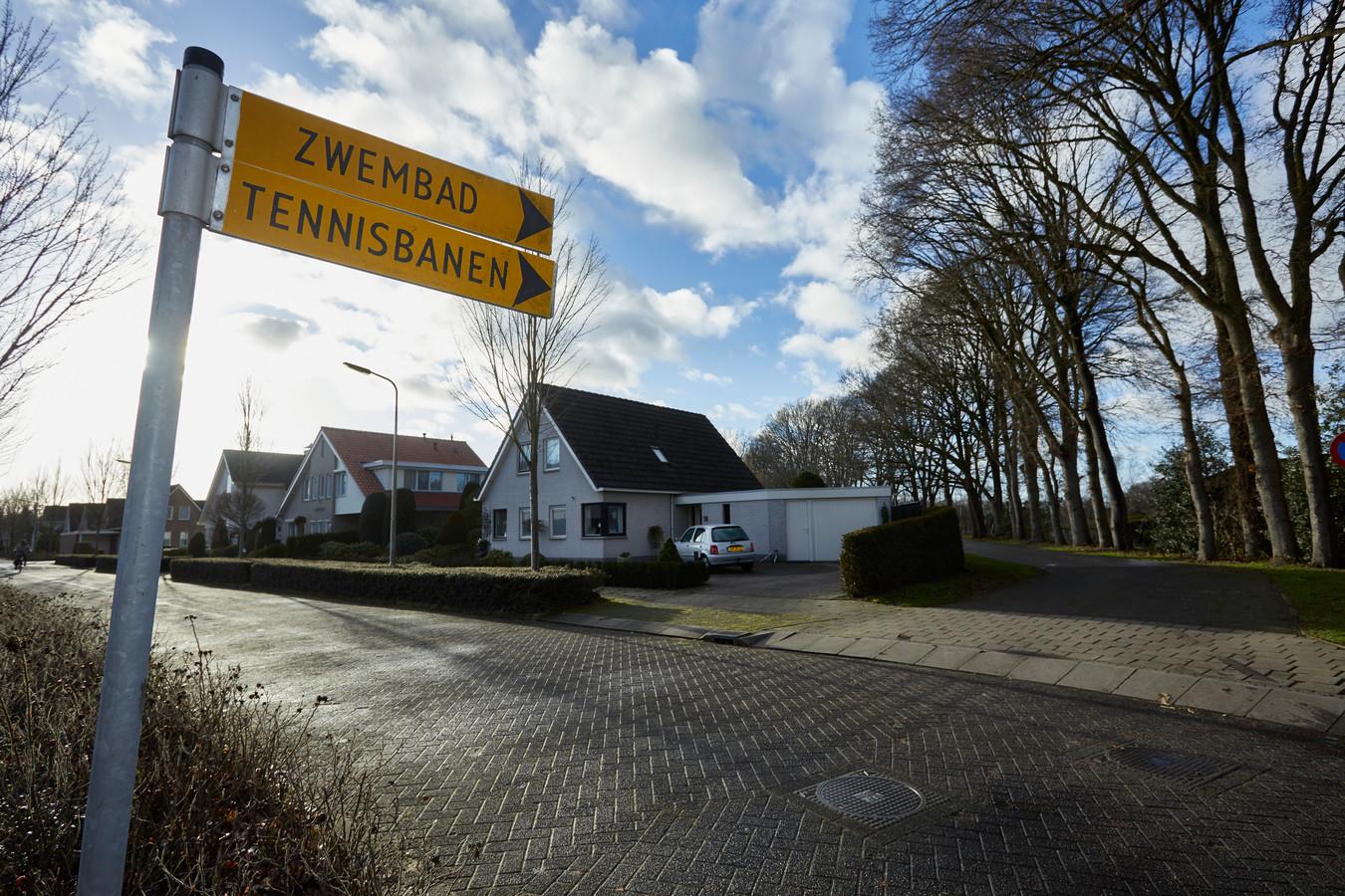 Als het aan burgemeester en wethouders van de gemeente Berkelland ligt komt er een nieuwe sporthal bij zwembad De Meene in Ruurlo.