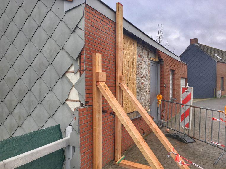 De gevel van de woning verschoof door de klap 15 centimeter.