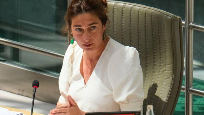 Burgemeesters in de clinch met minister Demir