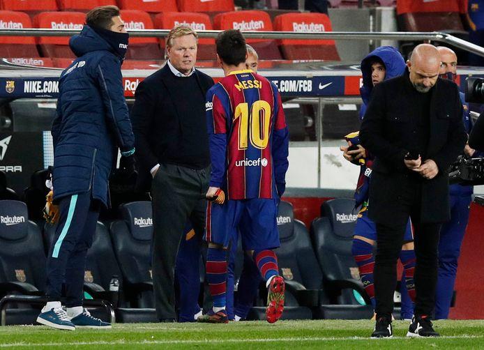 Ronald Koeman met Lionel Messi na de zege op Levante (1-0) gisteravond in Camp Nou.