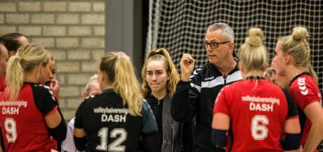 Michel Kuiperij en Jeffrey Klok gaan volleybalsters van Dash uit Vorden trainen