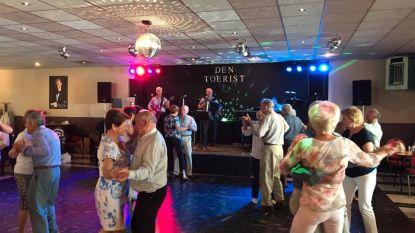 """Muziekcafé Den Toerist opent in juli pas de deuren: """"Dansnamiddagen nog even niet aan de orde"""""""