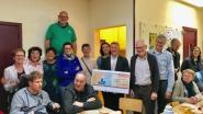 Pfizer schenkt 3.000 euro aan De Schakel