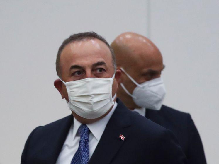 """Sofagate: la Turquie rejette des accusations """"injustes"""": """"La disposition des sièges a été réalisée à la demande de l'UE"""""""