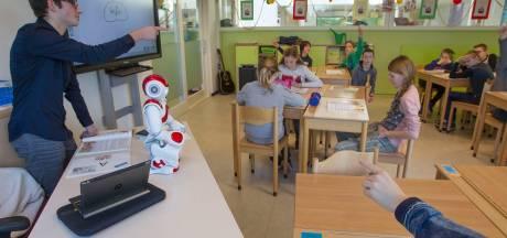 Robotje Nao kan veel en duikt overal op
