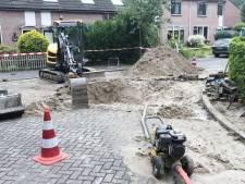 Voor derde dag op rij waterleidingbreuk in Doorn: 90 bewoners zonder water