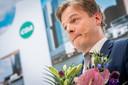 Hugo de Jonge wint afgelopen zomer de CDA-ledenverkiezing nipt van Omtzigt, die reageert geëmotioneerd.