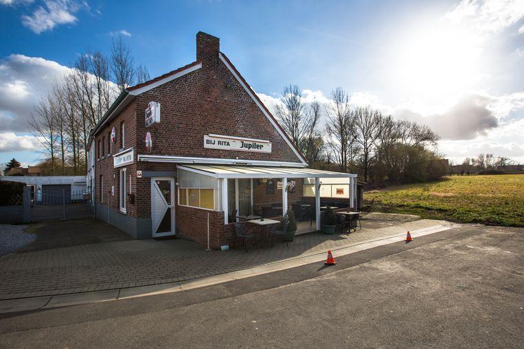 Café bij Rita, volgens Rick De Leeuw een heerlijk dorpscafé.