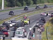 Illegaal overlijdt na val uit vrachtwagen op A29, snelweg weer vrij