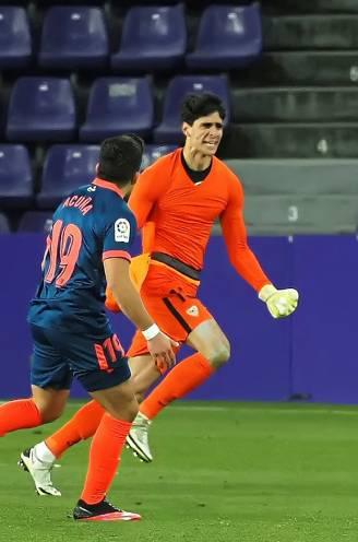Sevilla lijkt op weg naar zure nederlaag, tot doelman Bounou er zich diep in blessuretijd mee komt moeien