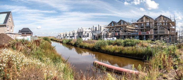 VVD'er Koerhuis wil meer woningbouw als Breecamp in Stadshagen.