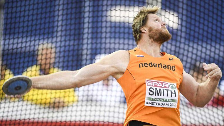 Rutger Smith in actie tijdens de finale van het discuswerpen op de EK atletiek. Beeld anp