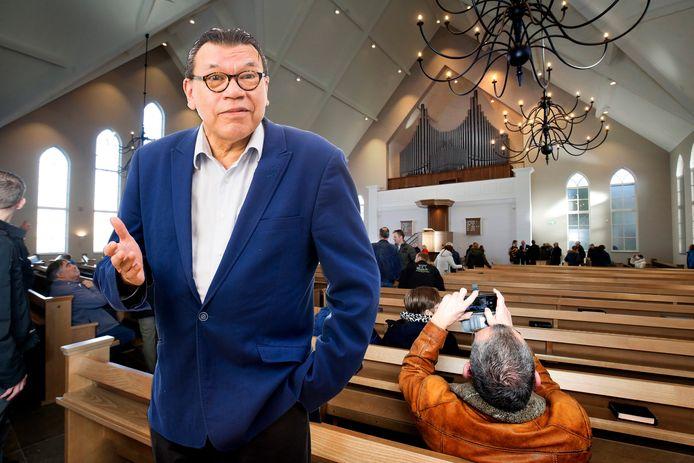Roy Grünewald kan niet begrijpen dat in de Sealthiëlkerk in Leerdam (hier op archiefbeeld) meer dan 30 mensen bijeenkwamen en dat dit in grote theaters niet mag.