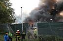 Op 7 oktober woedde er een fikse brand op de bouwplaats nadat een container vlam vatte