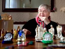 Riet heeft kerststallen en kerstgroepjes van over de hele wereld in huis: 'Ze hebben allemaal iets bijzonders'