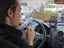 Man na boete voor gooien brandende sigaret: 'Is toch maar motor van politie'