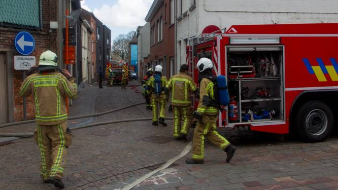 Beperkte schade bij brand in berghok in tuin rijwoning in centrum