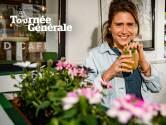 """Een goed glas op het terras met 'Familie'-actrice Margot Hallemans: """"Geroezemoes in de stad: ik was bijna vergeten hoe het klonk"""""""