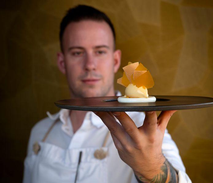 Thijs Meliefste van restaurant Meliefste in Wolphaartsdijk is door culinaire gids GaultMillau uitgeroepen tot 'jonge topchef van het jaar'.